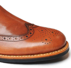 Brogue toecap in close up showing detail of quality stitching