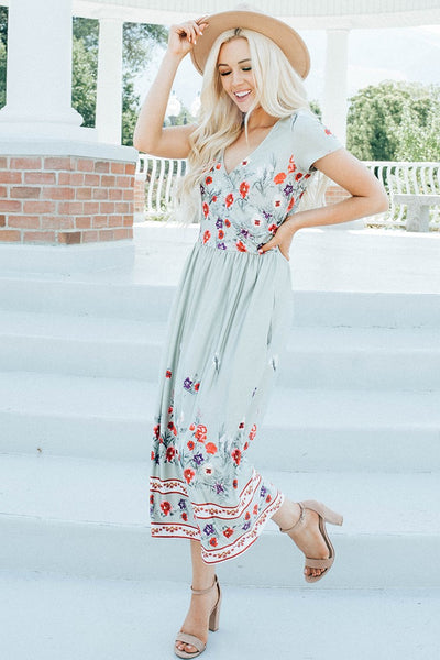 In Full Bloom Midi Dress - Sage Green