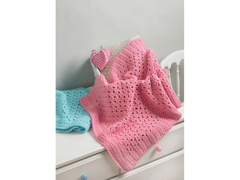 Blanket in Hayfield Baby Chunky (5207)