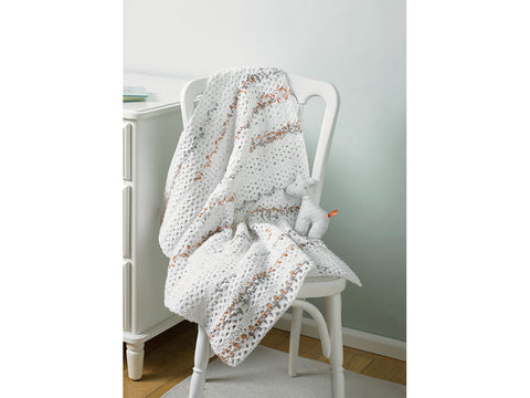 Blanket in Hayfield Baby Blossom Chunky (5235)