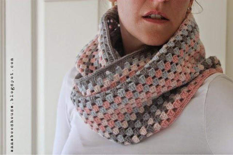 Granny Stripe Cowl - By Sarah Shrimpton - Yarn and Pattern Kit