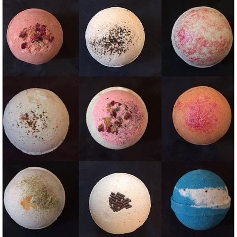 10 Assorted Bath Bombs - Epethiya