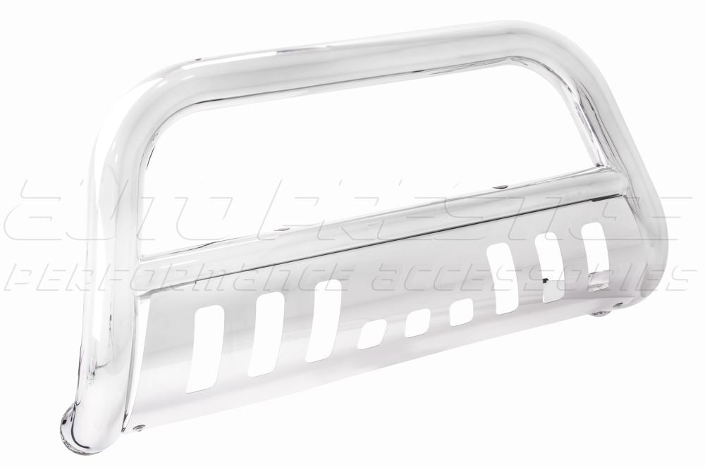 Chrome-nudge-bar-with-skid-plate--01_RFFI0CAMGD4E.jpg