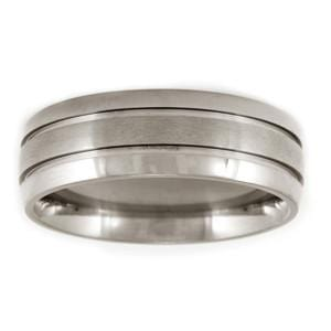 Men's Aircraft Grade Titanium Striped Comfort-Fit Wedding Band (8.00 mm)