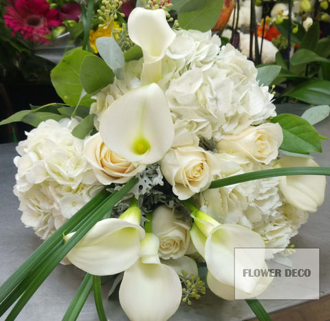 Calla Lilies and Hydrangea Bouquet