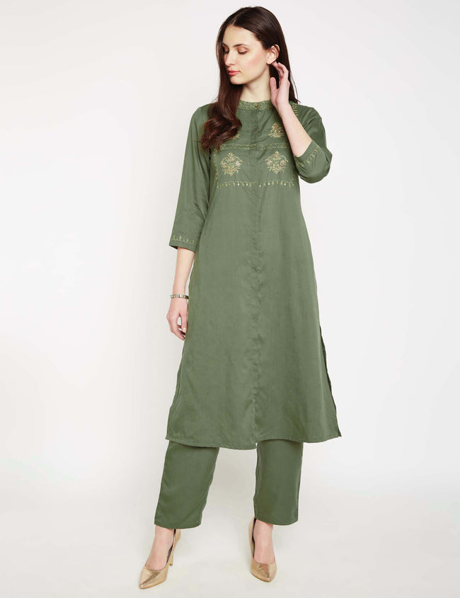 LYLA Woman YOKE EMBROIDERED FRONT OPEN KURTA