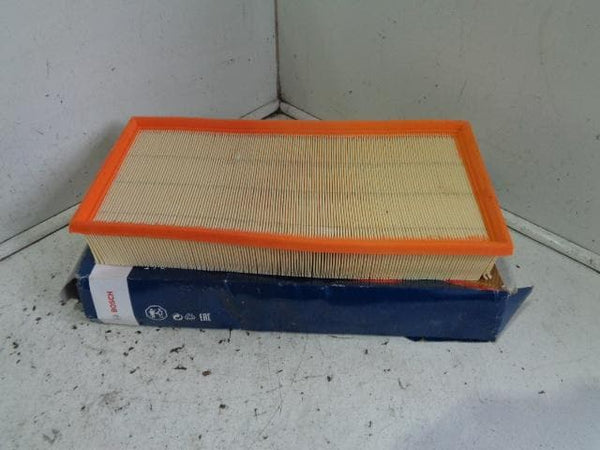 2002 - 2007 VOLKSWAGEN VW TOUAREG 7L 3.2 V6 UNUSED AIR FILTER S9190