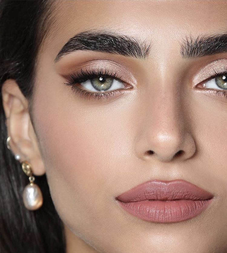 How To Fake Thicker Brows