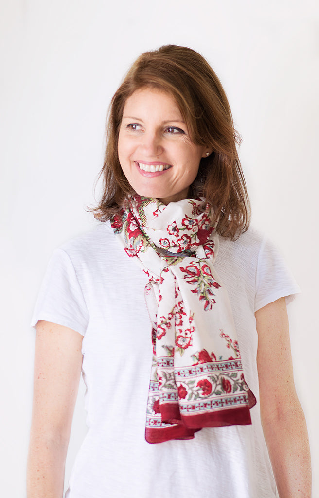 Scarf in Blossoms Red