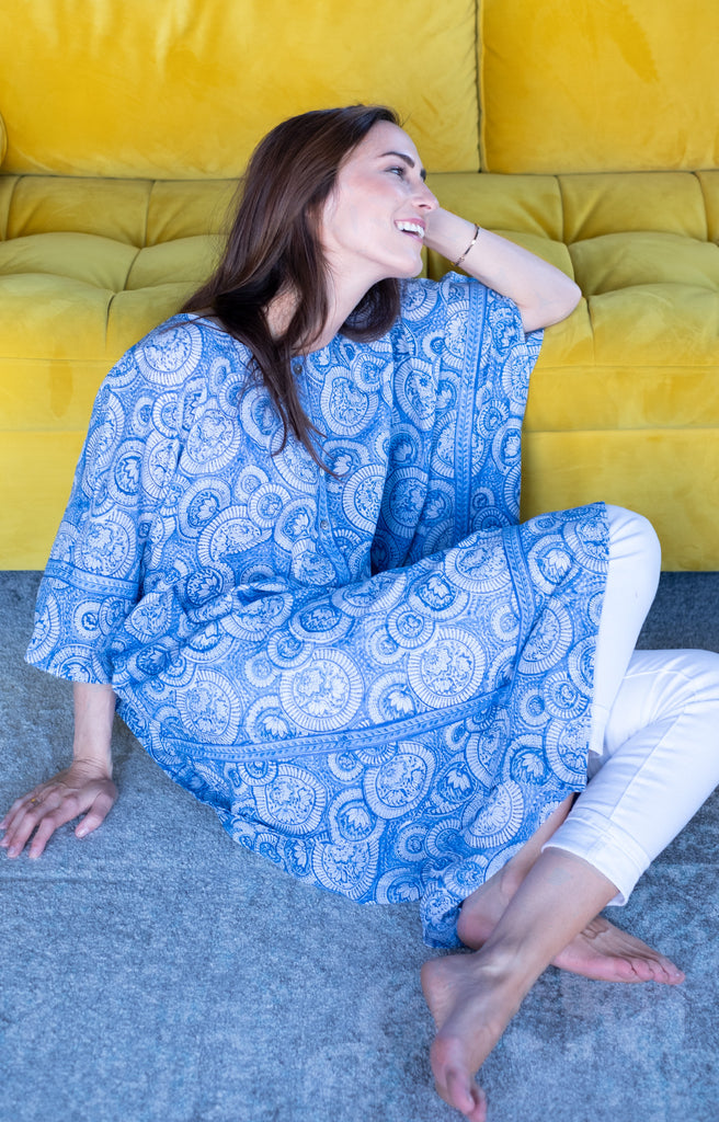 Midi Kaftan in Royal Circles