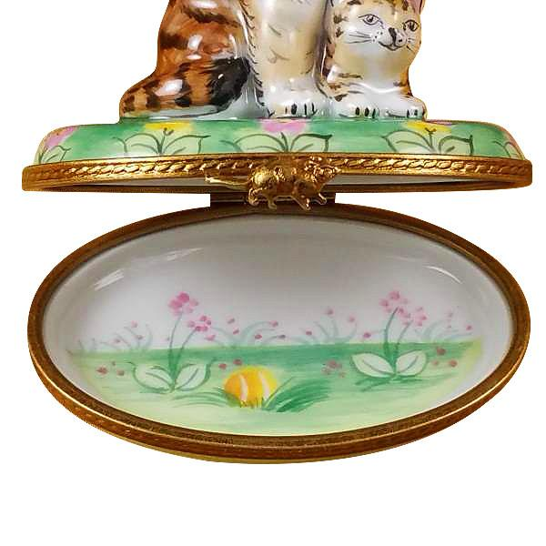 Mother Cat W/Baby Limoges Box by Rochard™-Limoges Box-Rochard-Top Notch Gift Shop