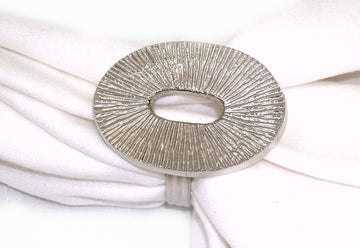 Oval Brass Napkin Ring S/4  1.5x1.5x 1.75
