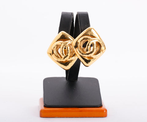Authentic CHANEL Vintage CC Gold Plated Statement Earrings