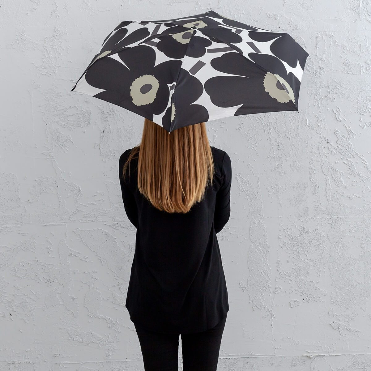 MARIMEKKO  |  PIENI UNIKKO MINI MANUAL UMBRELLA  |  WHITE BLACK + OLIVE