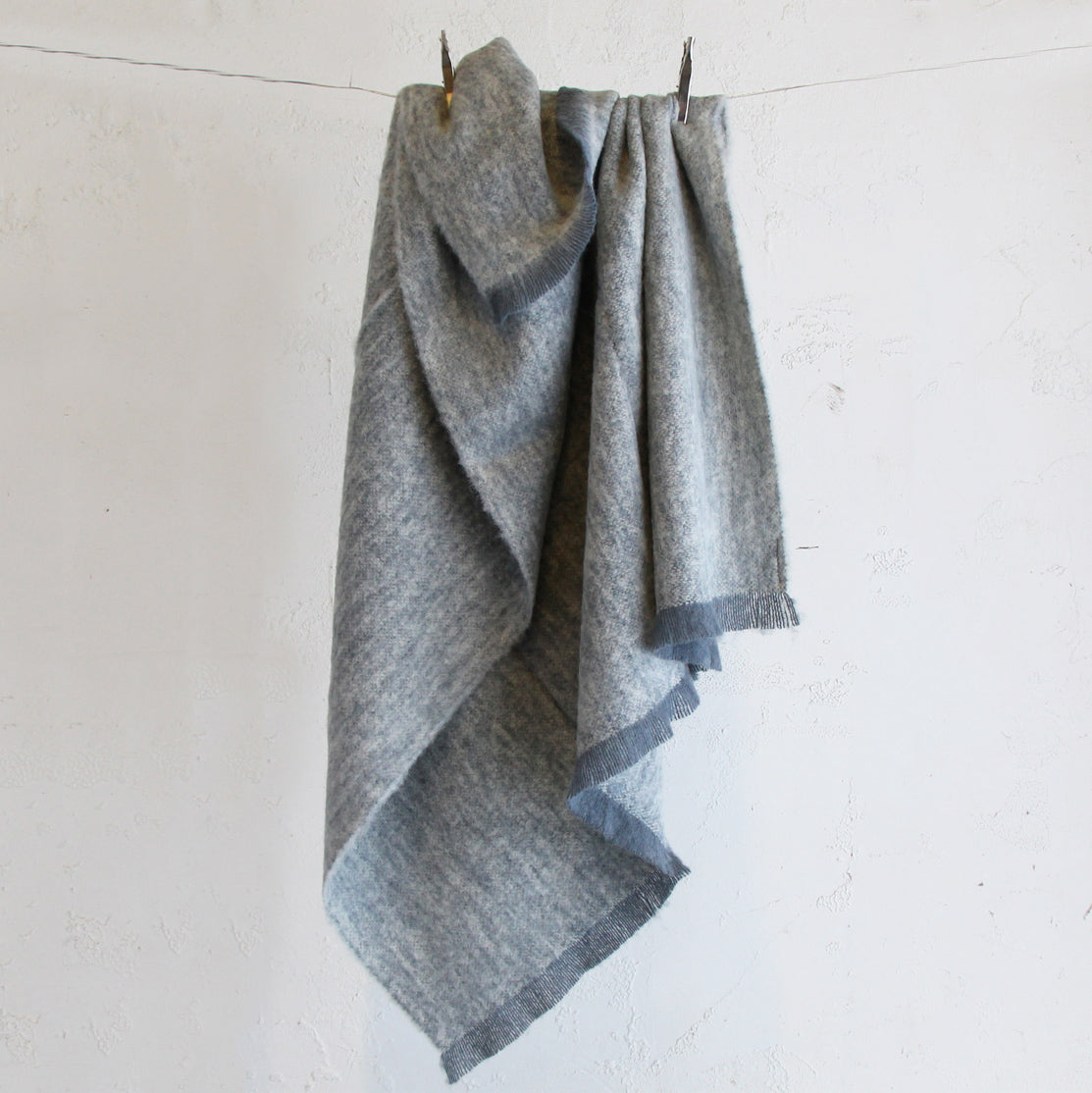 ST ALBANS ALPACA BLANKET THROW  |  GRANITE