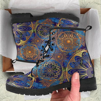 Handcrafted floral ornament 1 Boots