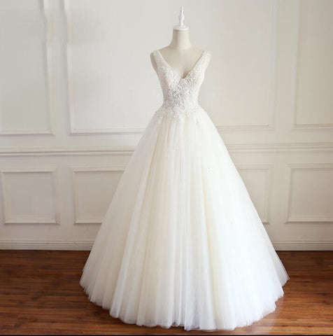 products/V_Neck_Tulle_Ivory_Lace_Weeding_Dresses_with_beads_Floor-length_Lace_Up_Back_Formal_Bridal_Gowns_2.jpg