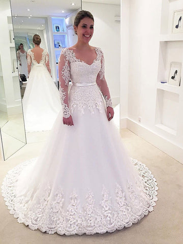 products/long_sleeve_lace_wedding_dresses.jpg