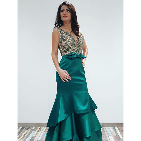 products/prom_dress_aa76ae53-1cd3-45f6-bedd-3bdc12b346f5.jpg