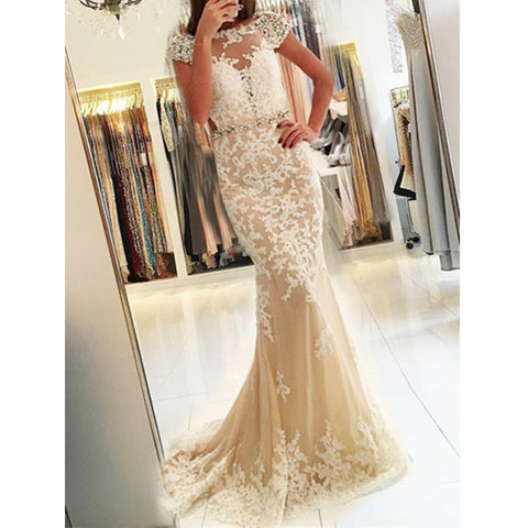 products/prom_dress_c4942ee3-0337-4bc1-aa04-3767fa477388.jpg