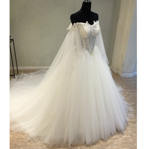 products/wedding_dress_e45e1298-208a-4074-a926-ec556d10d58f.jpg