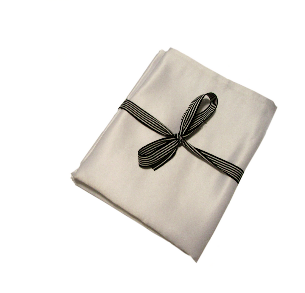 Satin pillowcase white standard