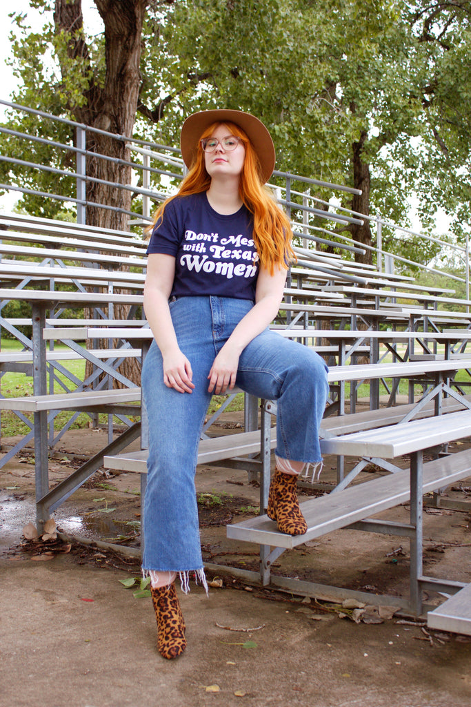 Don't Mess With Texas Women Navy Tee