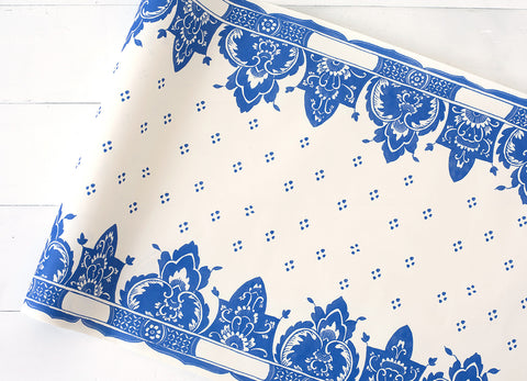 China Blue Paper Table Runner