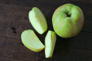 Honeycrisp Apple (lb) - First Fruits