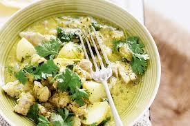Coconut Chicken with Almonds and Coriander