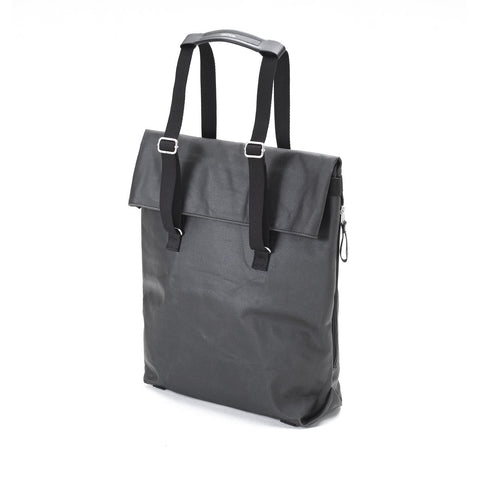QWSTION Day Tote – Organic Jet Black – buy at GUDBERG NERGER Shop