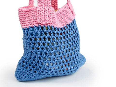 Summer Bag by Kate Rowell in Deramores Studio Chunky