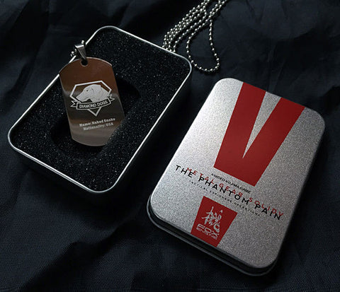 Metal Gear Solid V: The Phantom Pain - Diamond Dogs Pendant Necklace In Box - Gamer Treasures