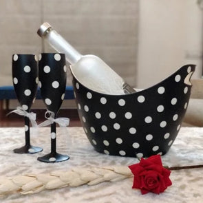 Unbreakable Champagne Flutes - Black and White - Set of 2 (170 ml) with Chilling Bucket.