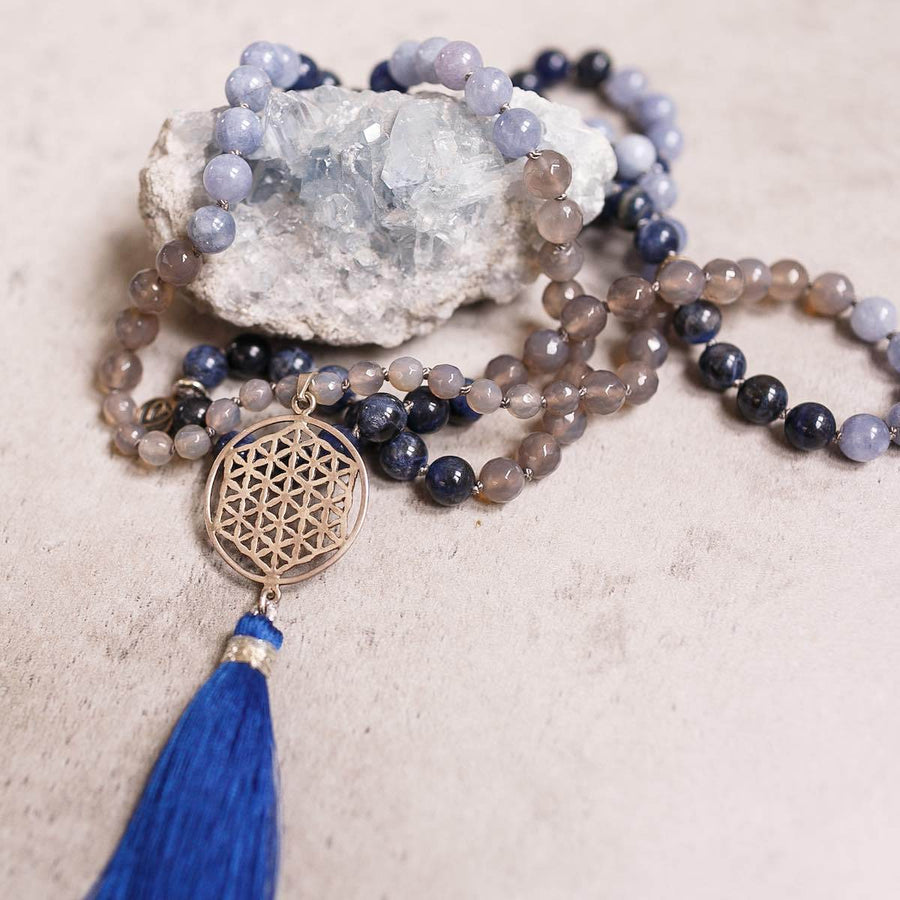 Blue Lapis, Sodalite and grey Agate Gemstone Mala, Manipura - Handmade in Amsterdam