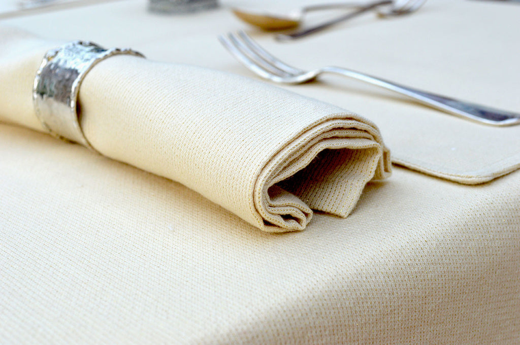 Napkins, 96% Cotton Christmas Sparkle in Cream/Gold Pack of 4