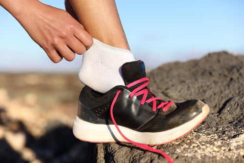 How to Wear Compression Socks in Summer