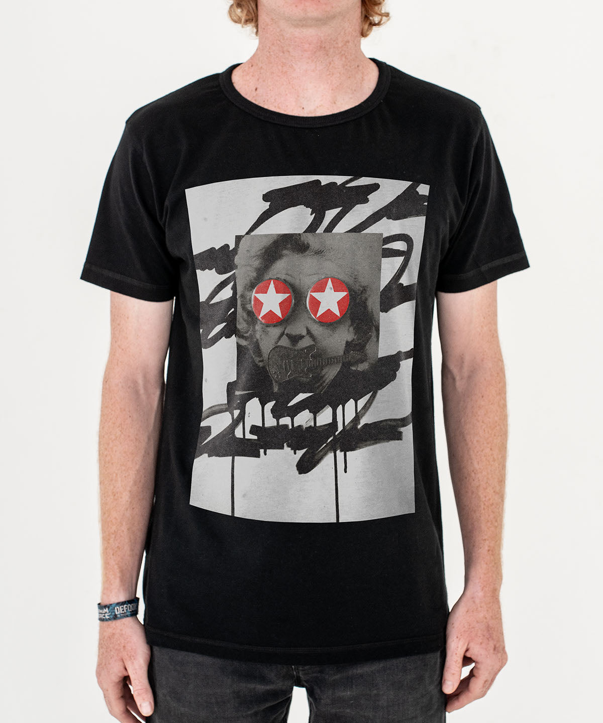 SheOne 'Star Caps' T-Shirt Black