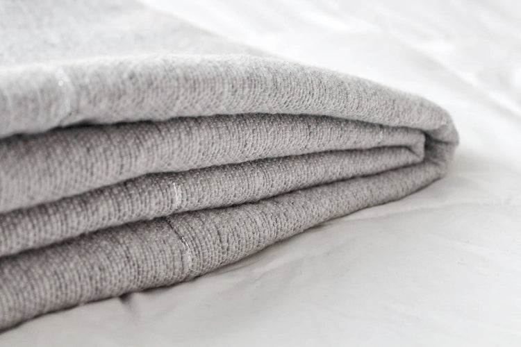 Grey and silver Throw - kasari