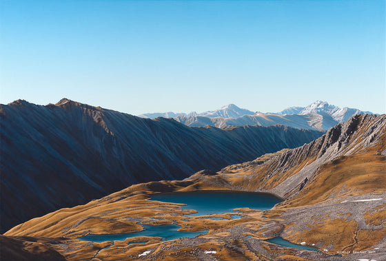 Beyond the Ridge, Paratitahi Tarns
