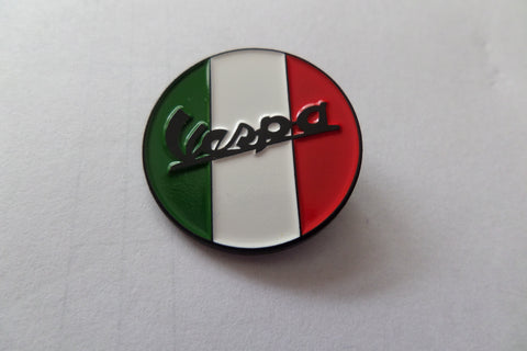 VESPA FLAG (round) MOD METAL BADGE