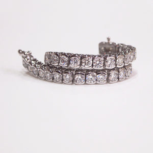White Gold Half-Bezel Diamond Tennis Bracelet