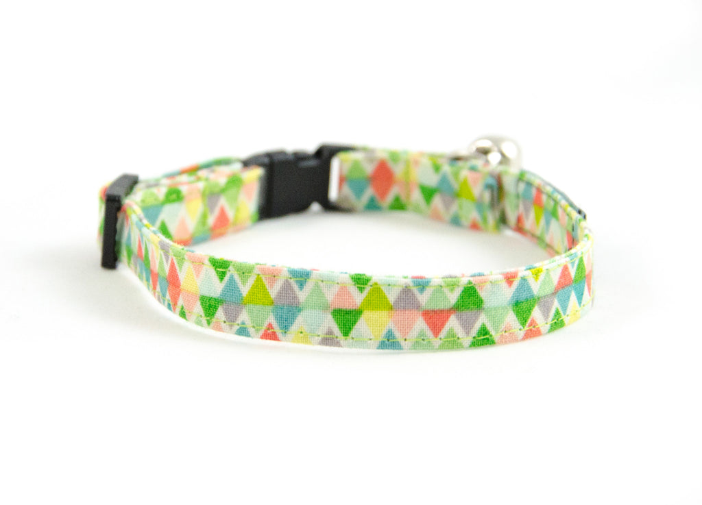 Cat collar in Izabella