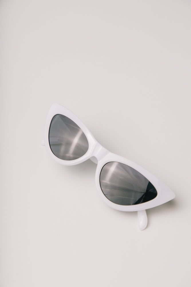 white sunglasses bohme