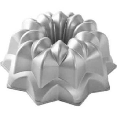 Bundt Vintage Star Pan