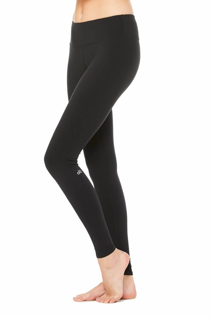 SEA YOGI Airbrush legging in Black by Alo, Yoga Shop in Palma de Mallorca, Side view