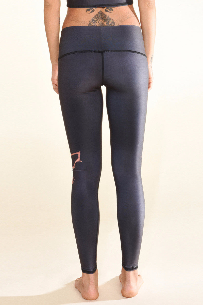 TEEKI REBIRTH HOT PANT BACK IMAGE - Sea Yogi