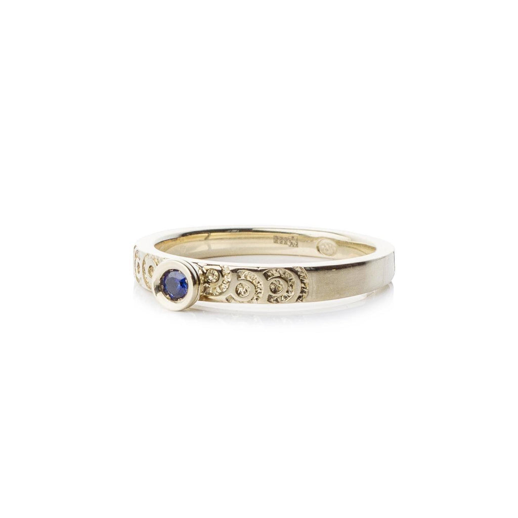 Rings - Gold Saphire Ring