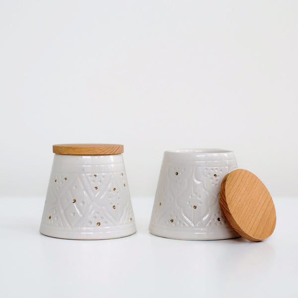 Engraved Conic Ceramic Box - Gold Dot