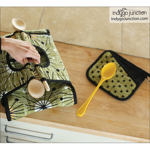 Casserole Carry-All Kitchen Pattern